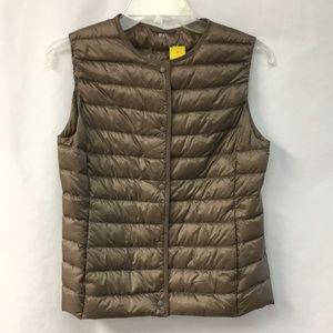 Uniqlo brown down vest size XS